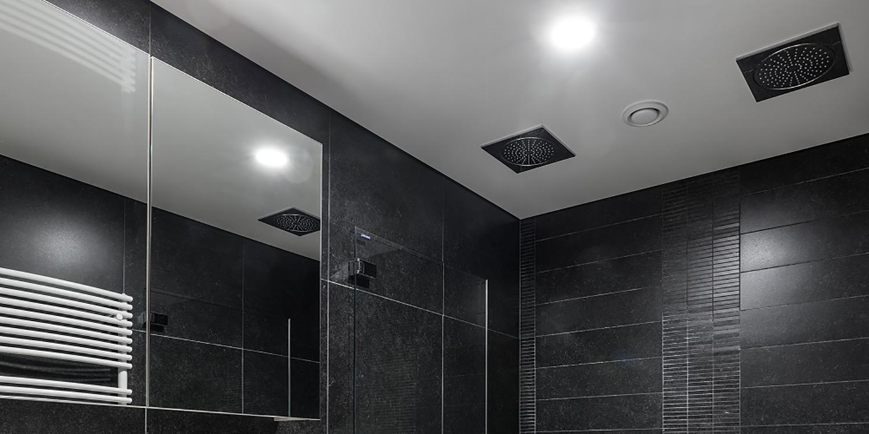Plafond tendu salle-de-bains
